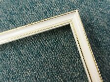 8 x 1m lengths (8m) - Small 10mm Wooden White & Gold Picture Frame Moulding