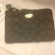 0a398bd93 Coach Outline Signature Small Wristlet Corner Zip Wallet F53536 Smoke Black