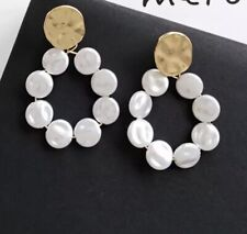 AU STOCK Elegant Gold and White Pearl Hoop Drop Cocktail Party Earrings mishkah