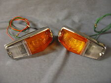 NEW TRIUMPH SPITFIRE FRONT SIDE FLASHER LAMPS  MODEL L677 PAIR