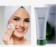 Women's Dry Skin Cleansers