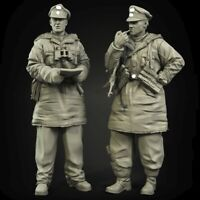 1/35 Resin WWII German Officers 2 Figures Winter Unpainted Unassembled CK020