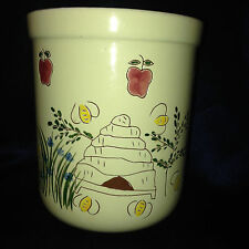 "CAROL ENDRES PURE ART UTENSIL HOLDER BEES BEEHIVE APPLES 5.75"" TALL BY 5 1/8"" D"