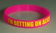 NW TWILIGHT BETTING ON ALICE CULLEN ASHLEY GREENE PINK RUBBER WRISTBAND BRACELET