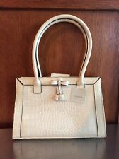 liz clairborne  Ivory Extra Small Mini Hand Bag Slrua 746 Great Expections