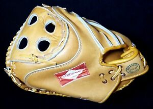 High Grade 1960s Stan Musial Autographed Unused Stan The Man Catchers Mitt MINT!