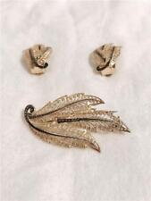 925 Sterling Silver Gold Plated Marcasite Feathers design Set of Brooch Pin and
