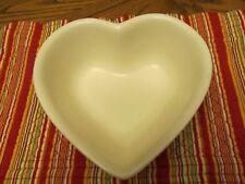 Pfaltzgraff Color Medley Heart Shaped Bowl Cream Color Dinnerware---Mint
