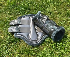 GREY GLITTER PATENT BRUSHING TENDON DRESSAGE PROTECTION BOOTS FLEECE S M L XL