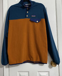 Patagonia Men's T Snap Fleece pullover Orange Size L/ XL.