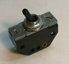 Q153/ DDR Kippschalter Schalter 6A 250V