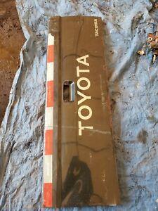 95-04 Toyota Tacoma Tailgate Truck Bed Tail Lift Gate Slight Rust
