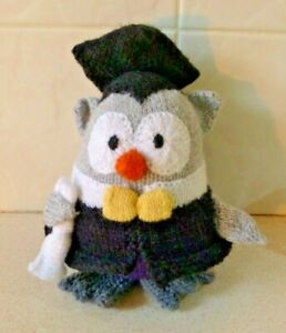 """KNITTED """"GRADUATION OWL"""" PLUSH TOY DOLL - HOMEMADE"""