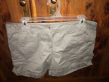 Dalia Collection Modern Fit Casual Gray Shorts Women's Size 6 Cotton