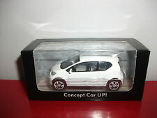 (23.3.15.1) VW Volkswagen concept car UP! UP blanc voiture 3 inch inches Norev