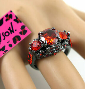 Cute Betsey Johnson Three red Crystal black Colour Engaged Ring Size 7