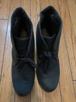 Clarcks Women S8.5 Boots. 3 Inch Heel Height. So Comfortable. Elegant Great