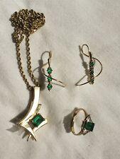 Unique Estate Jewelry Set Gold And Emerald