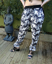 Divine FOREVER NEW Tropical Floral  PRINT Pants Size 8 Elastic Waist BNWOT