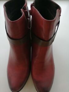 Ladies Heavenly Feet Burnt Red Distressed Boot wide fit Size 8