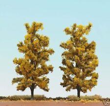 Busch 6754 HO (1/87e) Bomenset: 2 Loofbomen, herfstgeel (150mm hoog)
