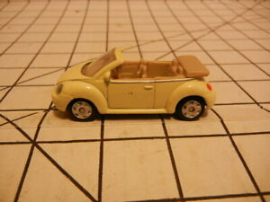 Maisto Volkswagen New Beetle. used loose, off white