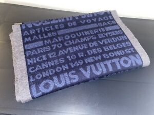 Louis Vuitton Articles de Voyage Blue / Gray 100% Wool Men's Scarf Made in Italy