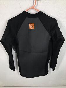 HyperFlex Wetsuit Top Size Medium Black Longsleeve 1.5 MM Thermal Sleeved Topper
