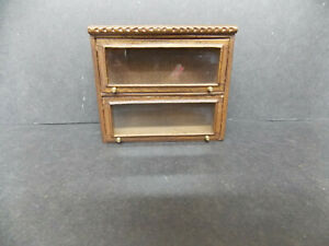DOLLHOUSE CABINET TOP- BESPAQ