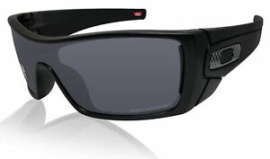 Oakley Batwolf Matte Black Frame Grey Polarized Lens Sunglasses 0OO9101