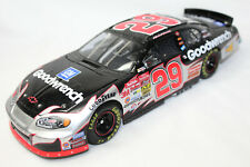 Elite Action 1:24 Scale KEVIN HARVICK 2003 MONTE CARLO GM GOODWRENCH #29 - LOOSE