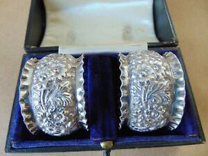 """PRETTY PAIR VICTORIAN STERLING SILVER """" W """"NAPKIN RINGS 1898, BOXED"""