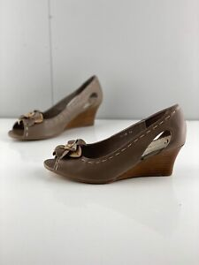 Christiano Bellaria Tessa Womens Floral Leather Wedge Heel Shoes Size 42 Brown