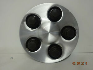 00 01 02 Saturn L Series Center Cap Hub Cap Hubcap 5 Lug OEM