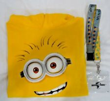 Universal Studios Kids Despicable Me Minion Mayhem Youth L Sweatshirt & Lanyard