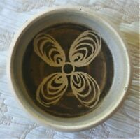 RARE GRAEME STORM POTTERY SMALL DECORATED BOWL NEW ZEALAND