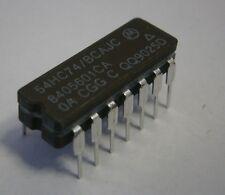 Lot 2 - Motorola / Harris / RCA 54HC74/BCAJC, CD54HC74F3A  Dual D-Type Flip-Flop