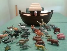 Vintage  1970's Arco Gas Station Noah's Ark Toy Animals