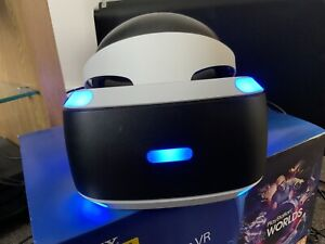 PS4 VR HEADSET v2 - Complete With All Accessories + Box