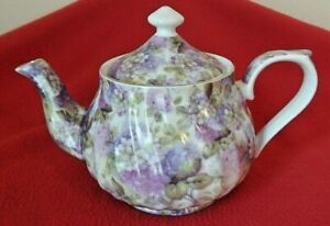 DARICE 100-F PORCELAIN TEAPOT Purple Floral Pattern Never Used MINT CONDITION