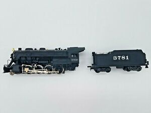 READING FANS! HO SCALE BACHMANN #0651 2-8-0  CONSOLIDATION WITH SMOKE
