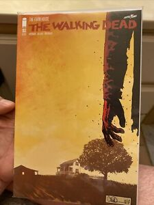 the walking dead the farm house 193 (perfect mint condition)