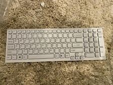 SONY VAIO  WHITE US KEYBOARD W/FRAME 148792891  free shipping
