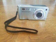 HP Photosmart 5.2 Megapixels DIGITAL CAMERA Model M415