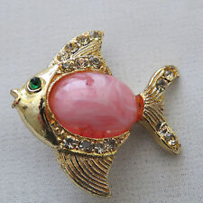 Vintage Fashion Pink Cabochon Gold Tone Crystal Fish Brooch Pin
