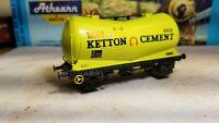 LIMA OO Ketton Cement tank Freight Car