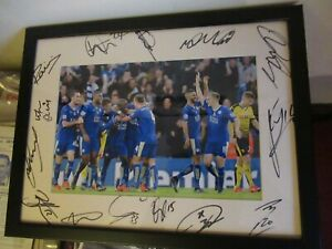 LEICESTER CITY PREMIER LEAGUE CHAMPIONS 2016 FULLY SIGNED TEAM PHOTO BORDER LOOK