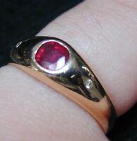 14 Carat Yellow Gold Ruby & Diamond Simple Gypsy Set Trilogy Ring size J 3.3g