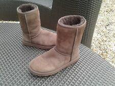 Genuine Brown UGG Boots Size 6.5 UK - VGC