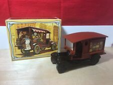 """Vintage Avon Decanter """"Country Vendor"""" Spicy After Shave Full In Box 5 Fl. Oz."""